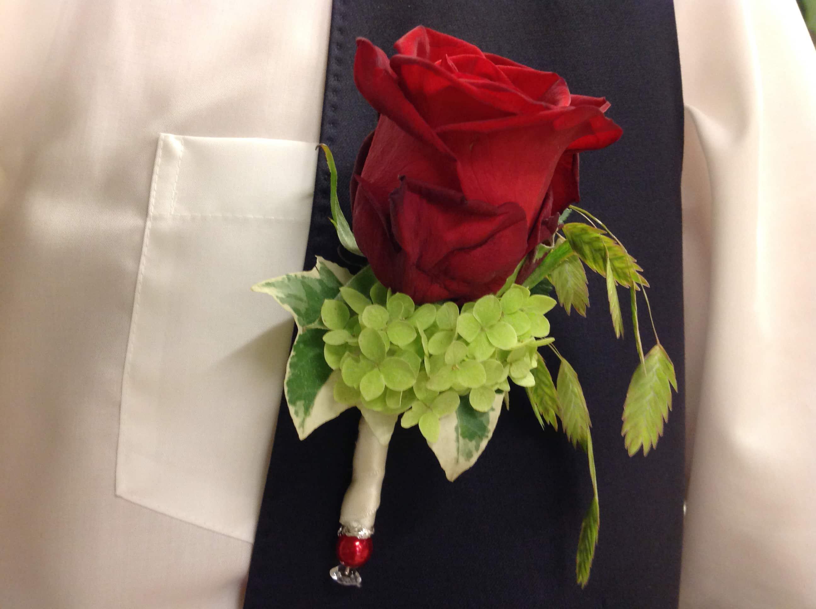 Hochzeitsanstecker für den Bräutigam