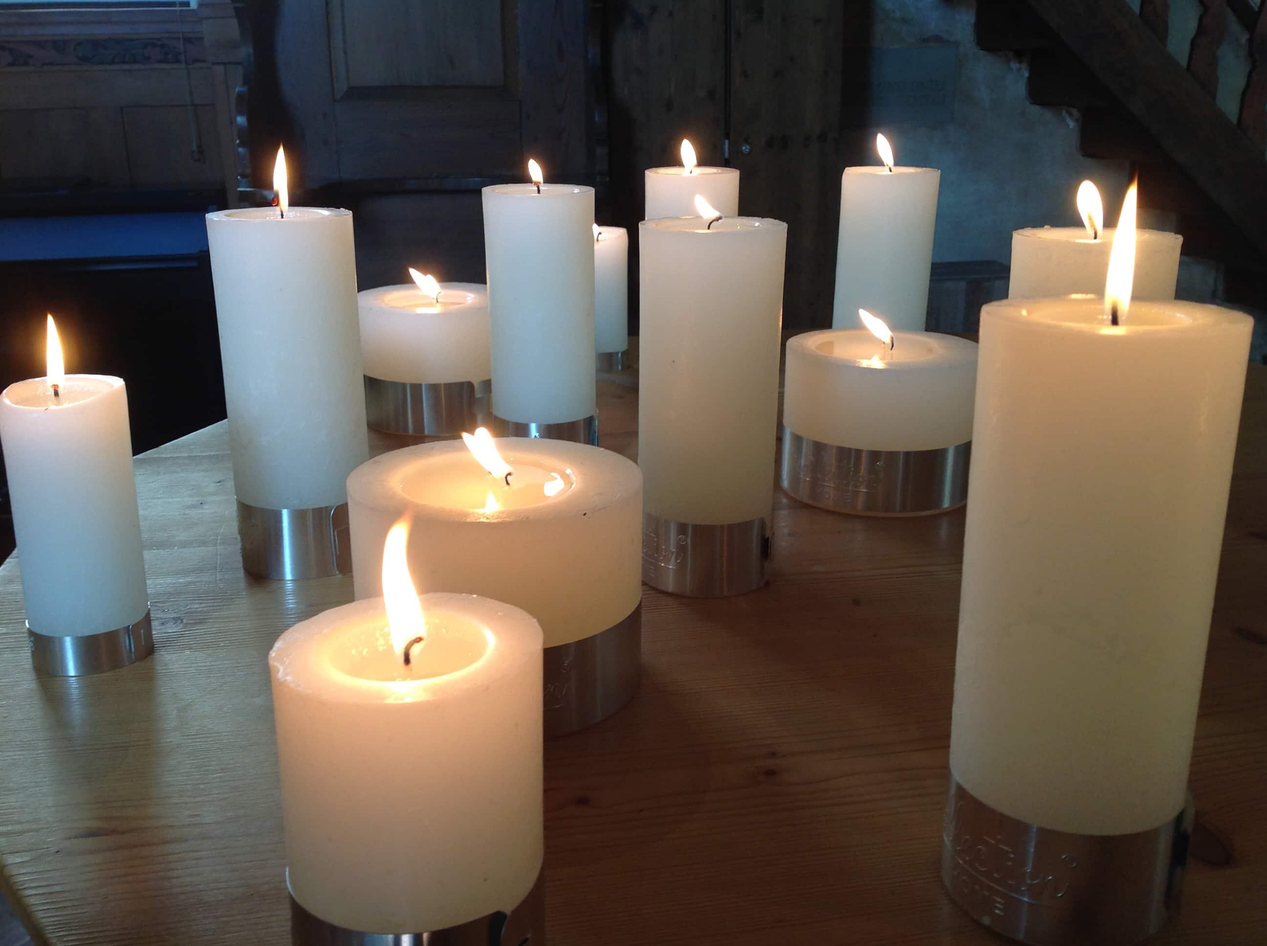 Weihnachten Kerzen mit Metallring