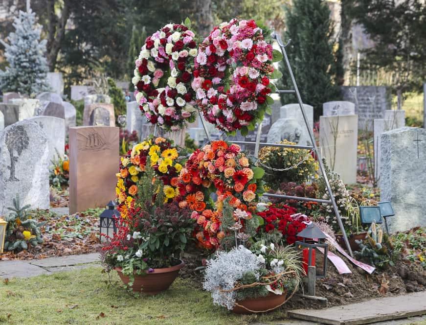 Trauer Beerdigung Grab Kranzständer
