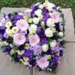 Trauer Beerdigung herz violett weiss
